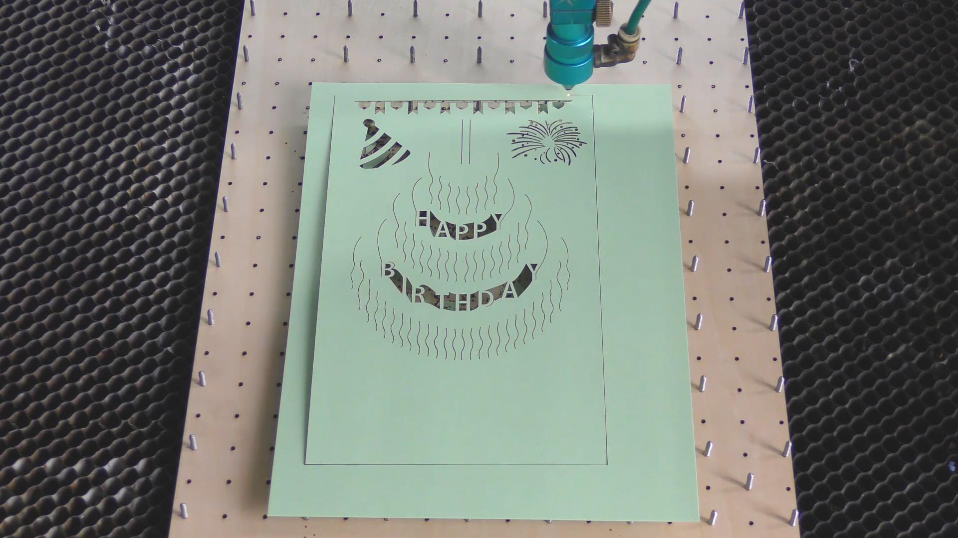 Debitare laser: felicitare zi de nastere