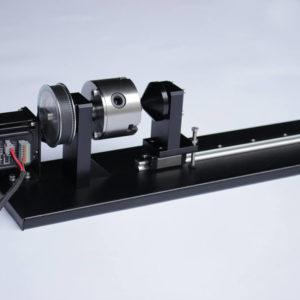 Dispozitiv rotativ gravare si taiere obiecte cilindrice